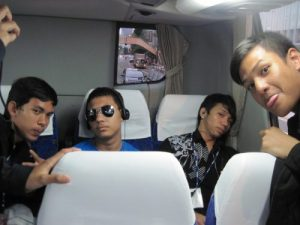 Tidur di Bus Pertukaran Pelajar