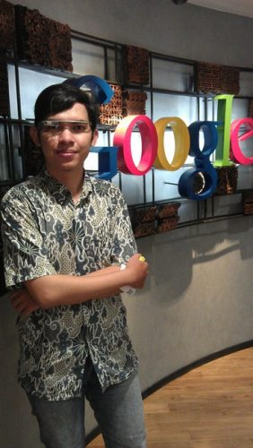 Google Glass di Google Indonesia