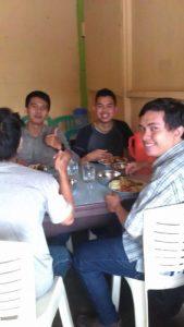 Wisata Bengkulu, Makan makanan khas bengkulu