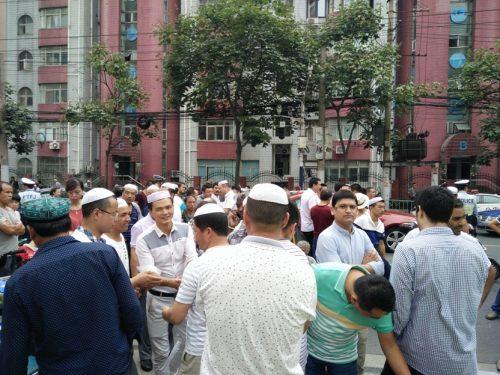 Warga Muslim di Shanghai, Setelah Jum'atan